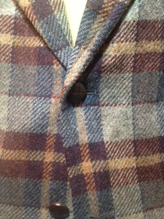 Plaid sport coat3